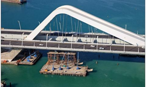 U.A.E. — Abu Dhabi: Sheikh Zayed Bridge