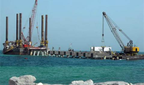 Qatar — Messaieed — Qatalum: Jetty and Seawater Intake